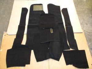 Teppichanlage schwarz Manta A