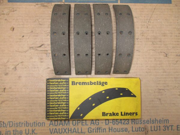 Bremsbelagsatz v. 5,60 Kadett A 16 05 062