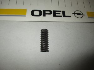 Feder f. Überdruckventil Opel CIH 6 46 626