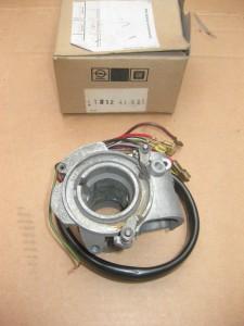 Blinkerschalter  Opel GT  12 41 521