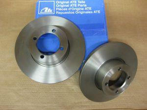 Bremsscheibenanlage (246mm Ø) für Vorderachse - brake disk system (246mm Ø)