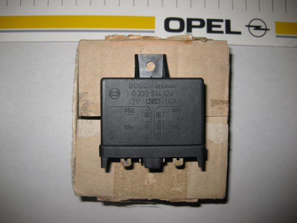Doppel-Relais f. Benzinpumme  Opel Manta-Asc. B-Kad. C  12 38 557