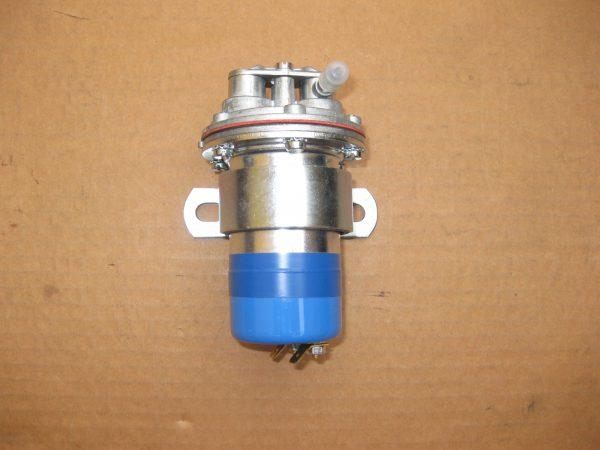 Eletr. Benzinpumpe f. Vergaser  8 15 812