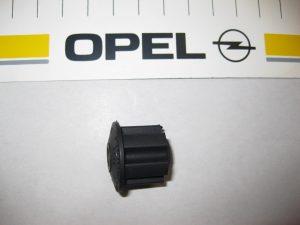 Buchse f. Lichtmaschinenhalter Opel 12 04 880