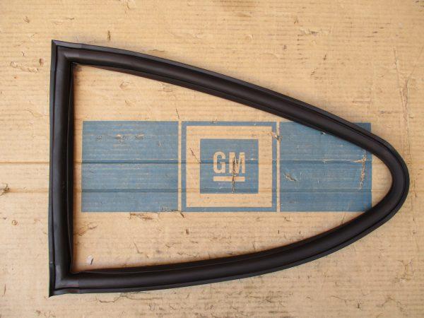 Seitenfenstergummi GT-A Repro GT 1 56 303