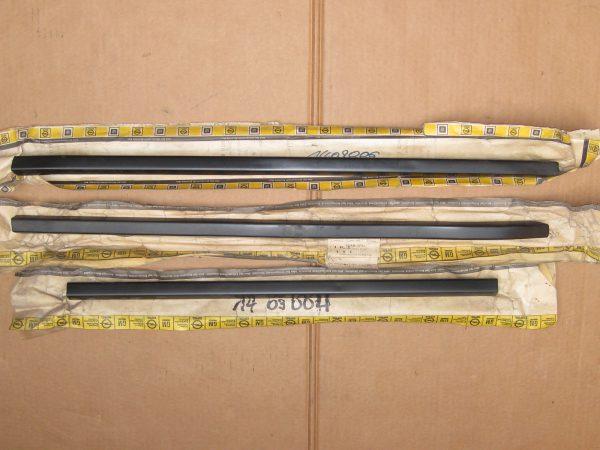 Stoßstangenleiste v. 14 09 004-005-006 Manta A